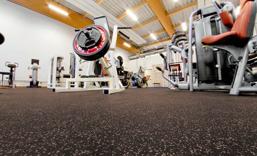 Energy sports rubber flooring in rolls and tiles